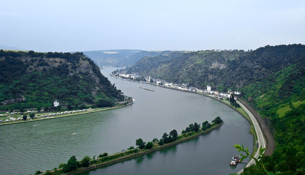 Rhine valley from the top of Loreley Rock | Image Credits: Abhishek Srivastava via Flickr (CC BY 2.0)